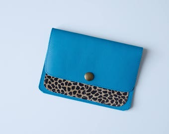 Car papers leather clutch