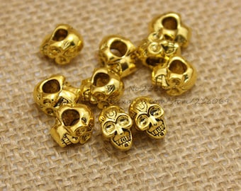 Set of 5 charms double sided face goldtone 3D 12 * 9 * 8 mm