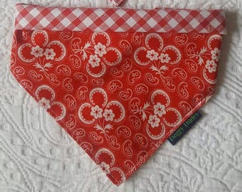 One Reversible Bandana - Four Different Looks - Multiway