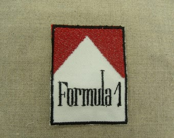 coat-fusible - white and Red - pattern formula 1