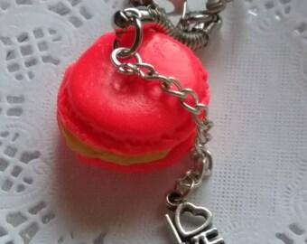 macaroon keychain