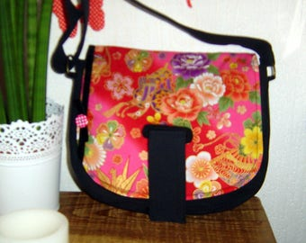 Black and fabric handbag pink Japanese