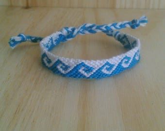 BRAZILIAN COLORS BLUE AND WHITE WAVE PATTERN