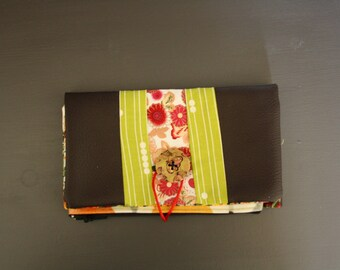 Floral cotton and Brown leatherette portfolio