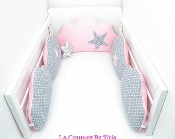 Tour de Lit nuage coussins Fait Main gris à pois et étoiles rose @lacouturebytitia