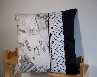 """Match"" Cushion cover, velvet and lace"
