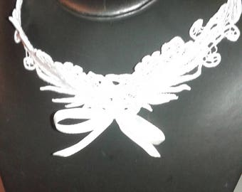 Pretty lace and White Ribbon necklace