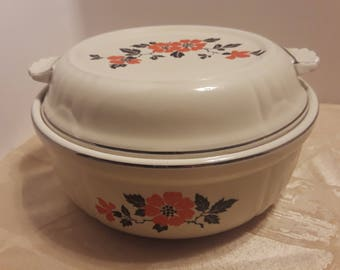 Hall Red Poppy Radiance Casserole Dish with Handled Lid, Vintage