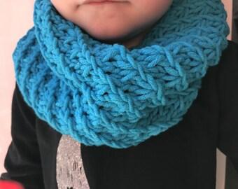Turquoise boy/girl Snood perfect mid-season 2-6 years