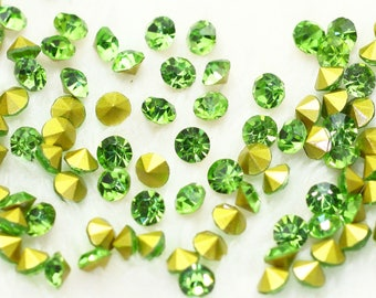 Rhinestone Crystal cone 2 mm Green (x 50)