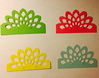 25 Pieces of flower shape decorations (Can come in many different colors)