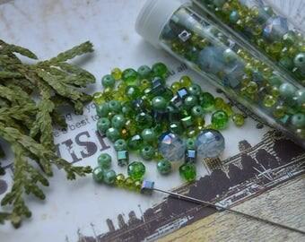 Random mix of beads greenery