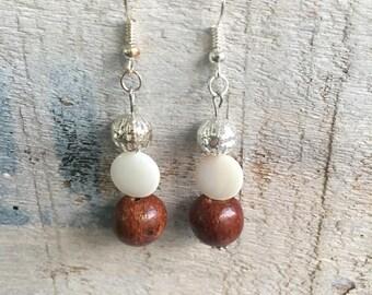 Earrings Silver earrings with pearls