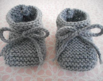 Grey baby wool slippers with grey Wool Lace.
