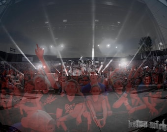 Blink 182 Crowd at Express Live 2017