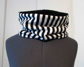 Snood scarf in black and white stripes