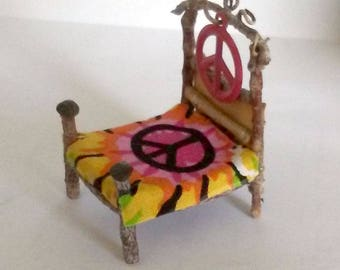 Fairy Miniature Rustic Peace Sign Bed