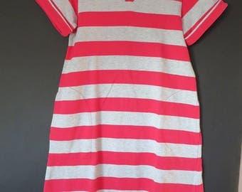 1832: dress red/grey 8 years old little boat ebondy