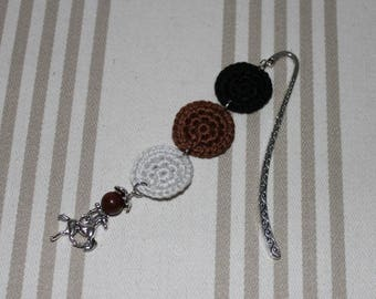 Bookmark crochet cotton black, Brown and gray Pearl, silverplate