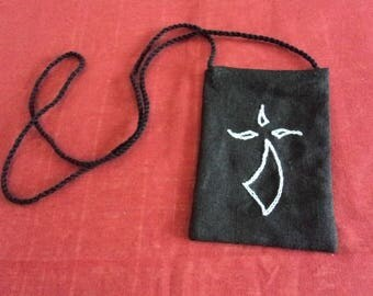 Small black shoulder bag in linen for all