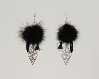 """Pompom earrings black fur, geometric prints, sequin """"earrings Poumpoumpidou"""" Pimprenellecreations"""