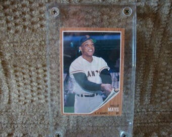 1962 Topps Willie Mays #300 baseball card. Excellent