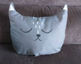 Toy pillow-plain grey printed sleeping cat face shape
