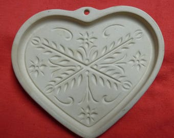 Pampered Chef Anniversary Heart by Family Heritage Stoneware 2000