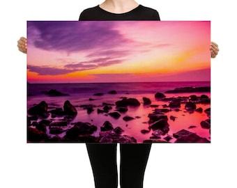 Canvas Intense Sunset Over a Rocky Ocean