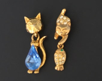 Vintage 2pc Petit Cat Brooches .