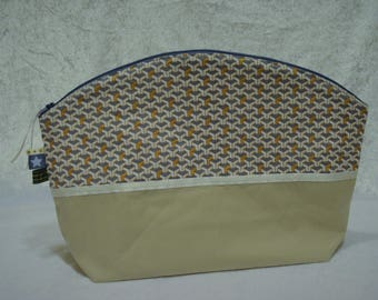 Rounded Toiletry Kit