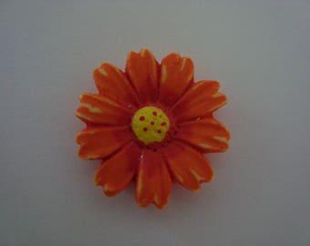 Orange and yellow paste flower