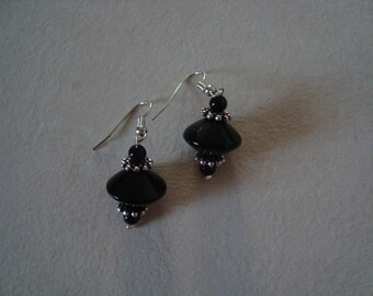 Earrings black and silver