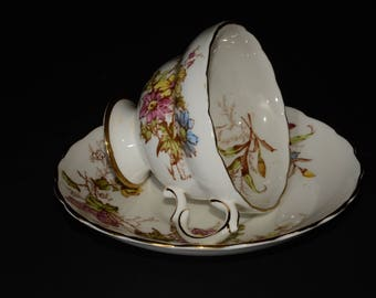 ROSINA, Bone China, Teacup, and saucer,  Vintage, Pattern No, 4867, Flowers and Scalloped Gilt Edge, 1950s in England
