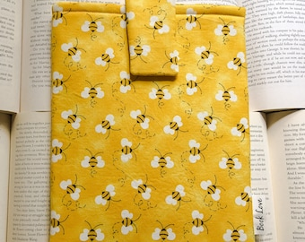 Busy Bee Book Love Sleeve