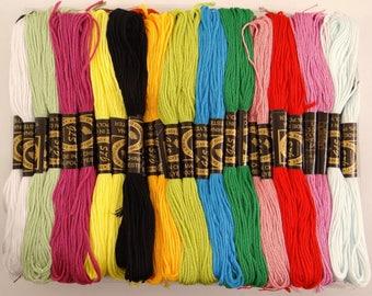 100 échevettes de 8 mètres en polyester de fil à broder