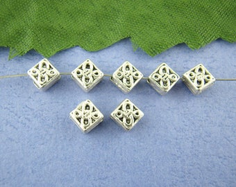PM8 - Set of 22 diamond metal beads silver hovering, 5x5mm
