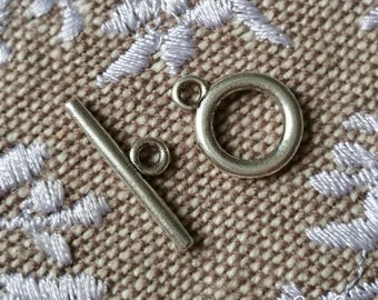 Antique shape silver Toggle clasp