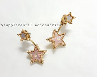Seasonal Sale ** #095 Stud Earrings Wish On Star。 Resin。Mother of Pearl。Goldplated Brass
