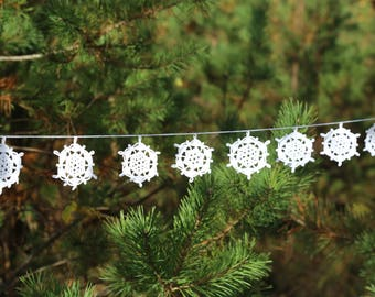 SALE! Christmas tree garland - crochet snowflakes decor - Christmas snowflakes garland - Christmas garland - winter home decor