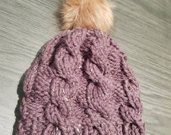 Adult hat with Pompom