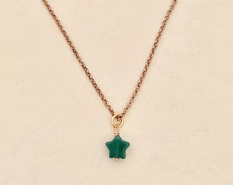 Star Necklace in silver pink gold. Star Charm in green Jade. Layering necklace. Choker. Minimal gem. Green pendant. Gift woman. Girl
