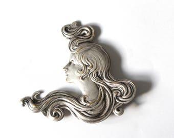 Art nouveau inspired brooch