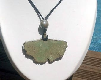 Ginkgo leaf ceramic necklace