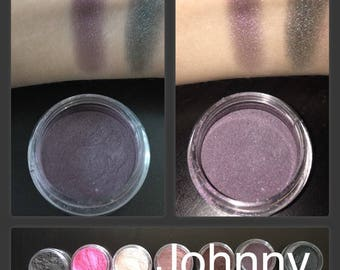 Johnny Purple Loose Mineral Powder Eyeshadow