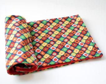 Cat blanket, fleece cat blanket throw, pet blanket, cat bedding, pet bedding, dog blanket, dog bedding, red soft cat blanket