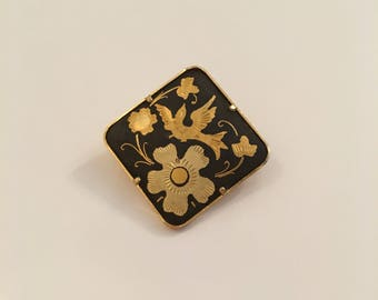 Damascene Black and gold plate square vintage brooch with trombone clasp - flowers bird brooch