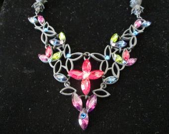 """Fabulous CHICO's Necklace/Choker w multi-colored sparkle stones*black matte metal*15"""" long plus 4"""" extender"""
