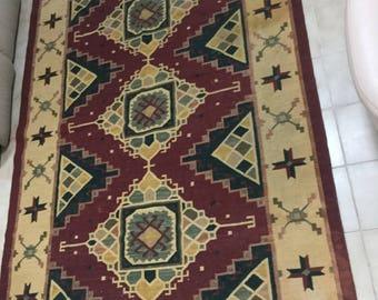 "Southwest design area wool rug -5'8"" x8'6"""