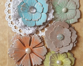 Beautiful flowers to embellish your projects, scrapbooking, cardmaking, decorations, gift wrapping and other DIY creations.